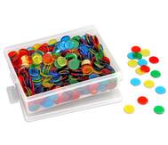 Grosse Plastikdose gefüllt mit 1000 farbtransparenten Chips