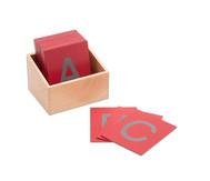 Fühl-Grossbuchstaben im Holzkasten