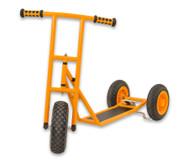 Roller, gross mit 3 Rädern