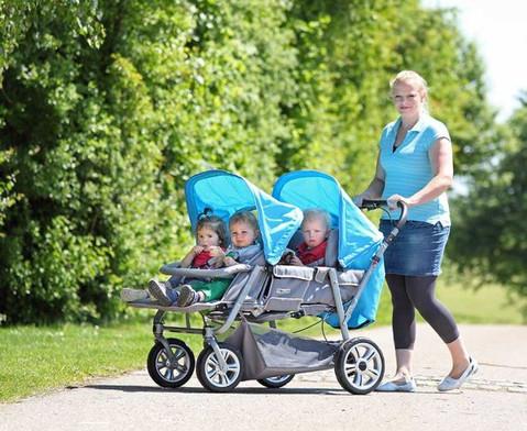 Krippenwagen fuer 4 Kinder-4