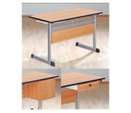 Lehrertisch mit L-Fuss, Blende & PU-Kante
