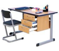 Lehrertisch: L-Fuss, Blende, abschliessbares 3er-Fach