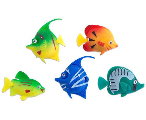Wassersaeule mit Schwimmfischen-4